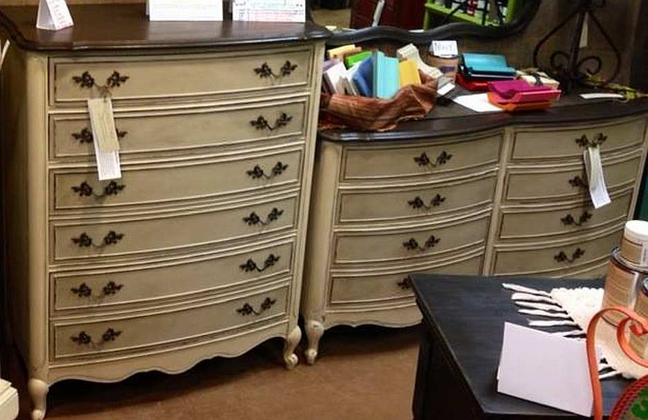 Painted furniture curvy dressers american paint company for Furniture paint colors