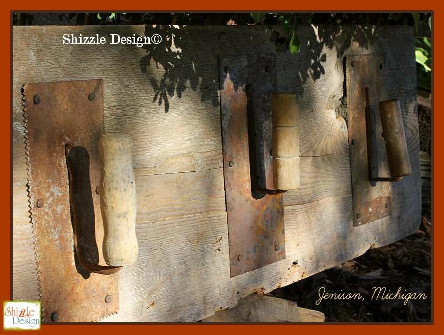 Shizzle-Design-re-purposed-junk-reclaimed-barn-wood-hooks-antique-vintage-hooks-4