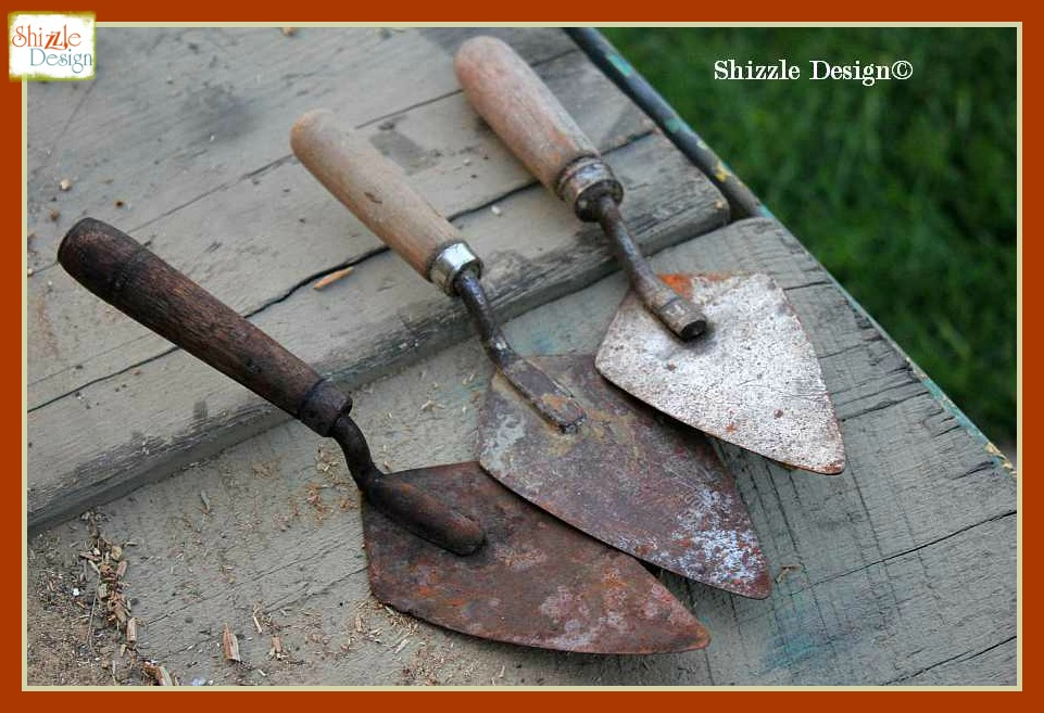 Shizzle-Design-re-purposed-junk-reclaimed-barn-wood-hooks-antique-vintage-hooks